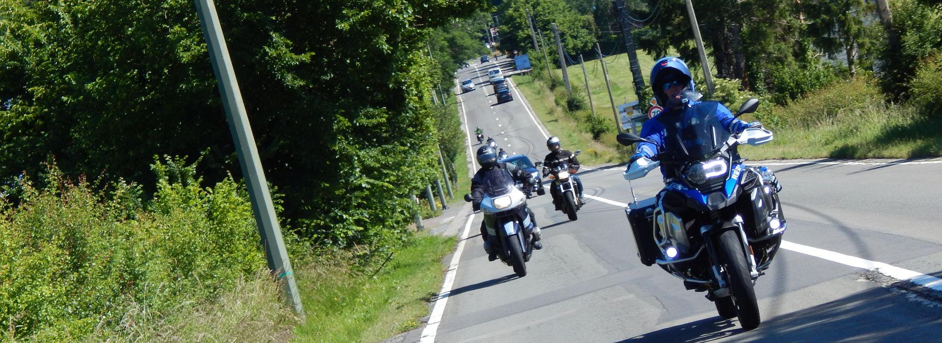 Motorrijbewijspoint Geleen examengarantie AVB en AVD