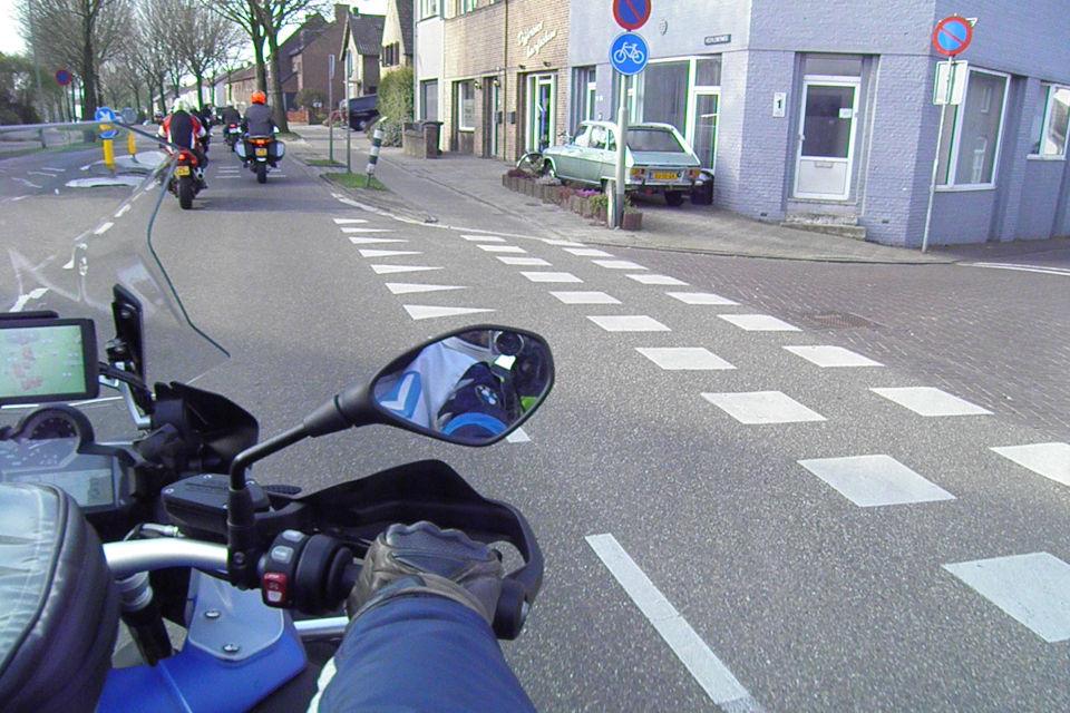 Motorrijbewijspoint Geleen theorie cursus online
